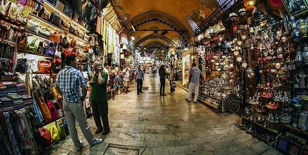 گرند بازار از مکان های دیدنی در استانبول