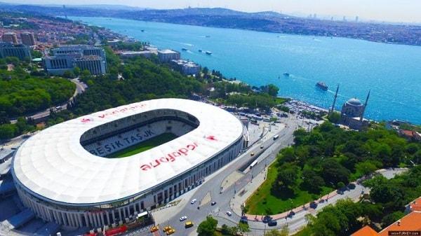 ورزشگاه ودافون پارک استانبول