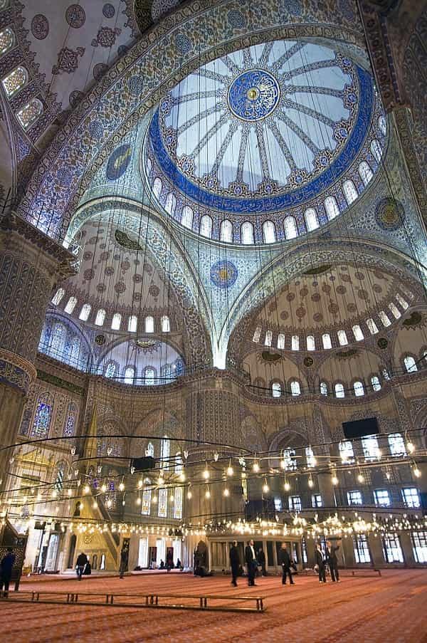 نمای درونی مسجد سلطان احمد